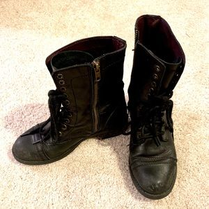 Steve Madden Black Leather Troopa Boots